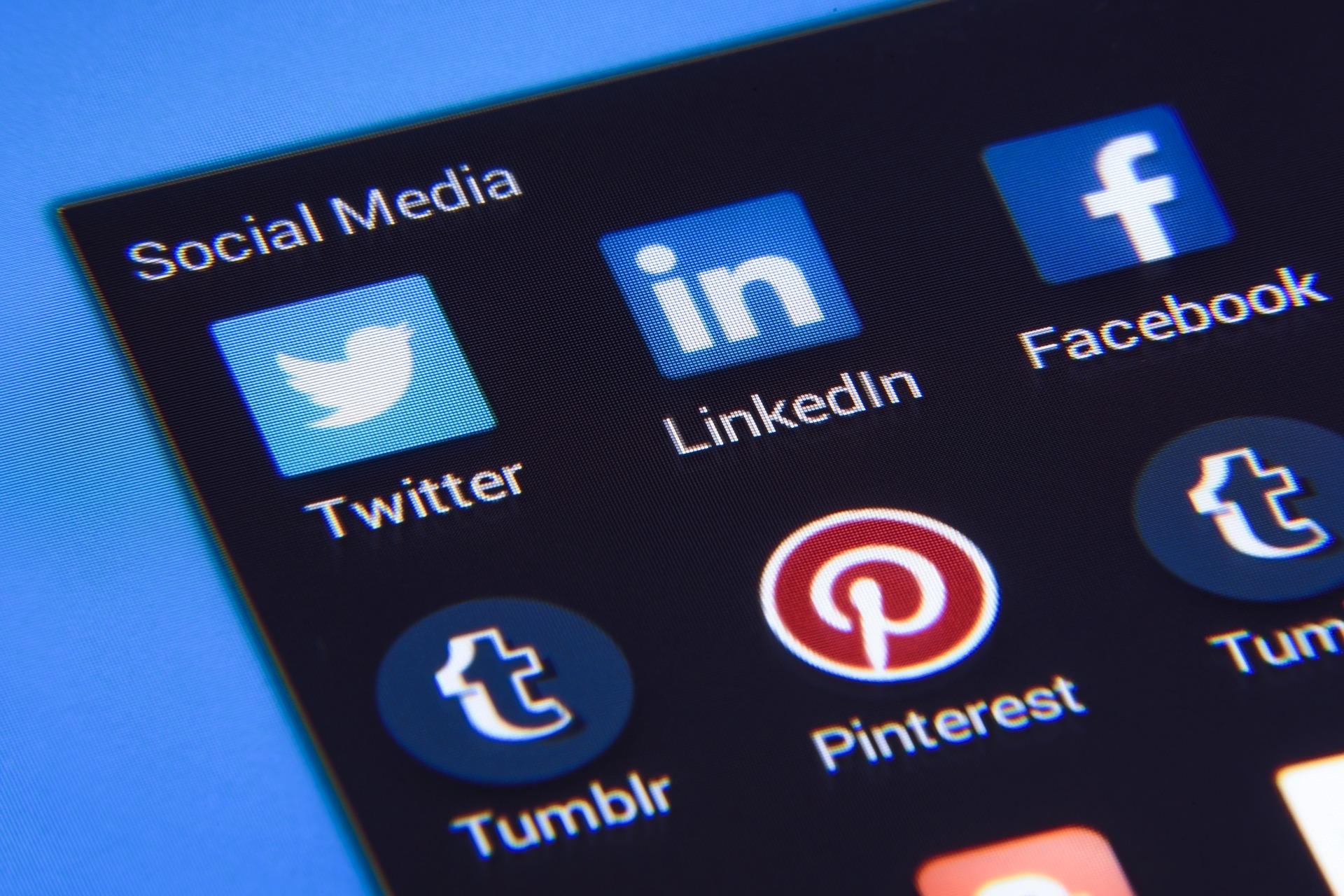 Midia social encontre seu cliente